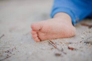 bady qb 112559 unsplash 300x200 - 7 rzeczy jakie może zrobić wkładka do obuwia dla stopy twojego dziecka - podolog Dawid Tomaszewski