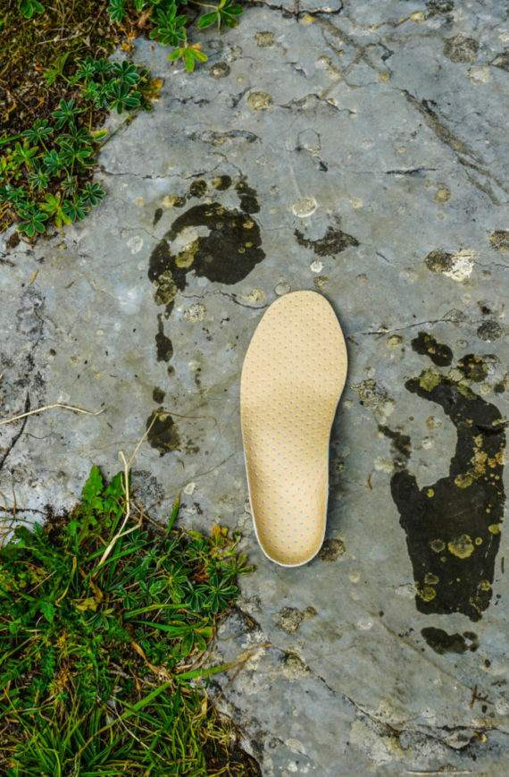 7 rzeczy jakie może zrobić wkładka do obuwia dla stopy twojego dziecka - podolog Dawid Tomaszewski